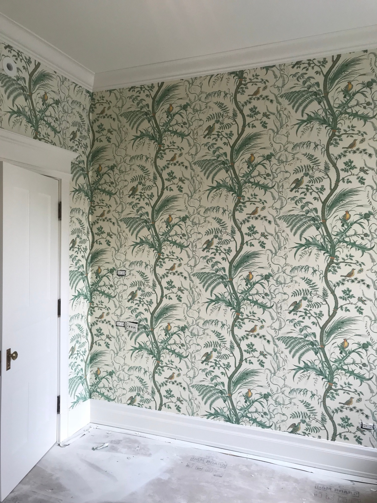 Guest bedroom, wallpapered